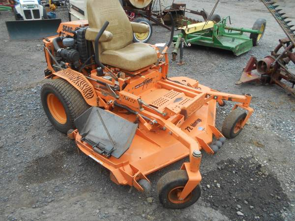Photo Scag Sabre Tooth and John Deere 625R Mower and other Mowers (Schuylkill Haven)