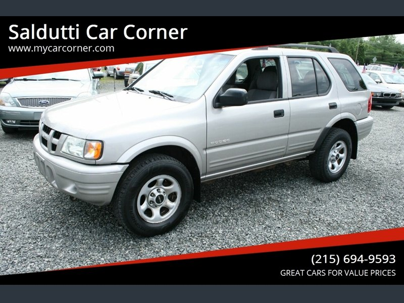 Photo Used 2004 Isuzu Rodeo 2WD S for sale
