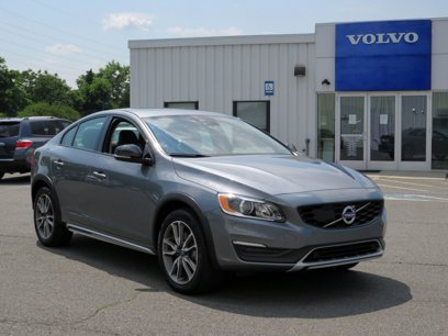 Photo Used 2017 Volvo S60 T5 Cross Country Platinum AWD for sale