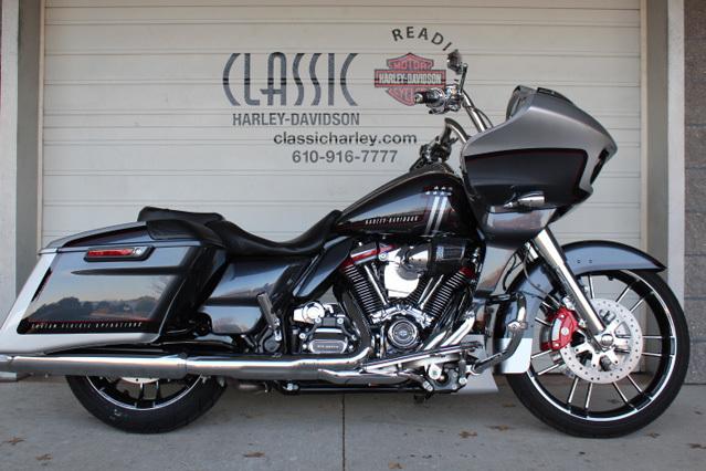 Photo 2019 Harley-Davidsonxc2xae Road Glide FLTRXSE $38999
