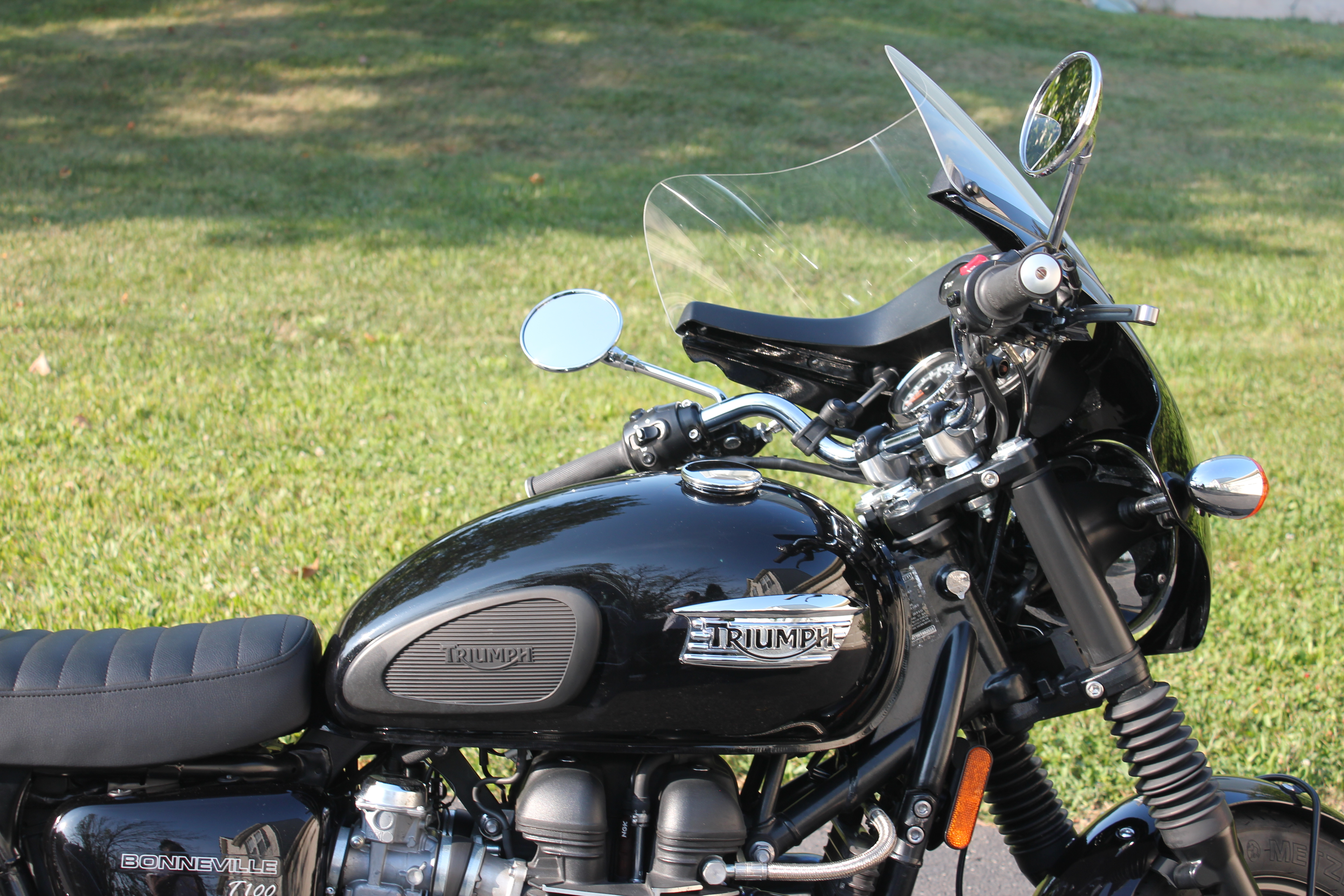 Photo Used 2011 Triumph Cruiser Motorcycle  $5900
