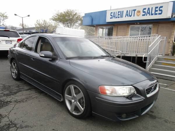 Photo 2007 VOLVO S60 R - AWD - BRAND NEW TIRES - SUNROOF - LEATHER AND HEATED SEAT - $9988 (2007 Volvo S60 R - AWD - BRAND NEW TI)