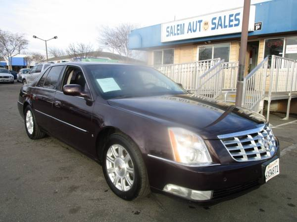 Photo 2008 CADILLAC DTS - LEATHER, HEATED, AND COOLED SEATS - PARKING HEATED STEE - $6,988 (2008 Cadillac DTS - LEATHER, HEATED, AND )