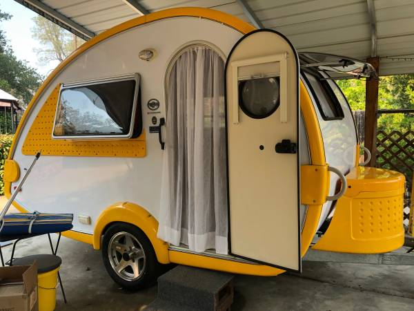 Photo 2009 Tab Teardrop c trailer - $9,000 (Redding)