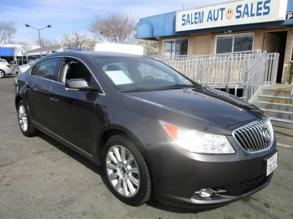 Photo 2013 Buick LaCrosse - REAR CAMERA - BLUETOOTH - LEATHER AND HEATED SEATS - J - $9988 (2013 Buick LaCrosse - REAR CAMERA - BLUET)