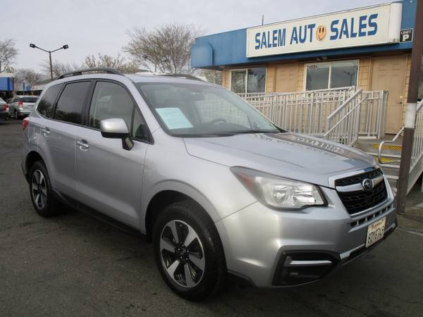 Photo 2017 Subaru Forester -X-MODE - REAR CAMERA - BLIND SPOT ASSIST - HEATED SEAT - $16988 (2017 Subaru Forester -X-MODE - REAR CAMERA)