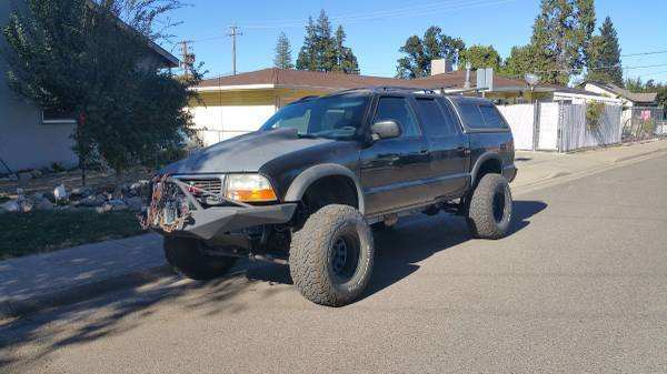 Photo 6 inch superlift kit with front axle assembly - $2,500 (Anderson)