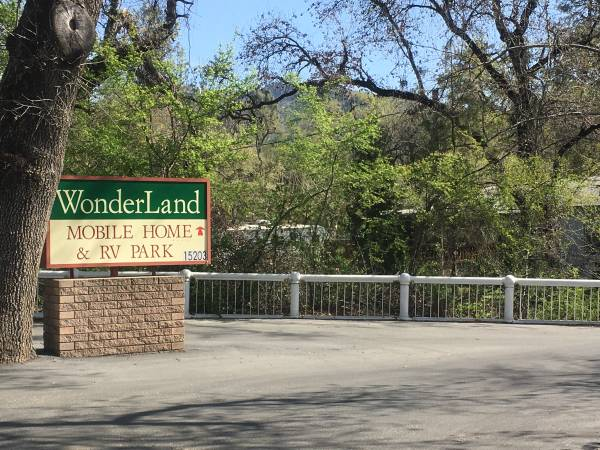 Photo April SpecialWonderland Mobile Home and RV Park ( Spaces Available) (Mtn Gate)
