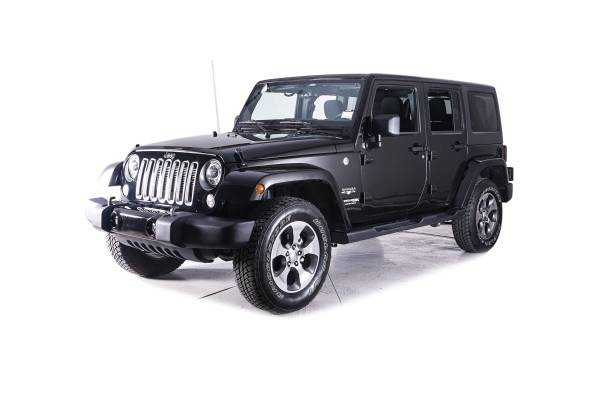 Photo BLACK 2018 JEEP WRANGLER JK UNLIMITED SAHARA - OBO - $30000 (Oakland)
