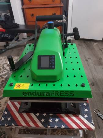 Photo ENDURAPRESS SD20 16quot X 20quot DIGITAL SWING AWAY HEAT PRESS MACHINE - $800 (Anderson)