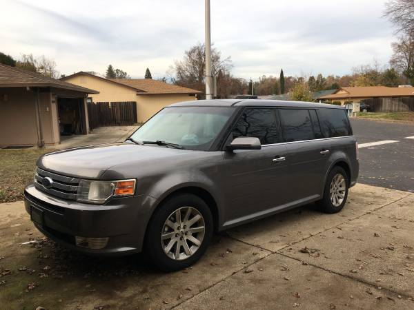 Photo Ford flex - $7500 (West redding)