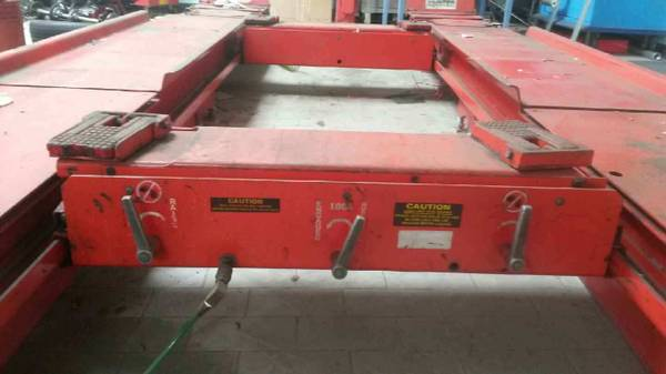 Photo Hunter Alignment Rack RL Type wtwo rolling Jacks  Rs $5,998 - $5998 (Red Bluff)
