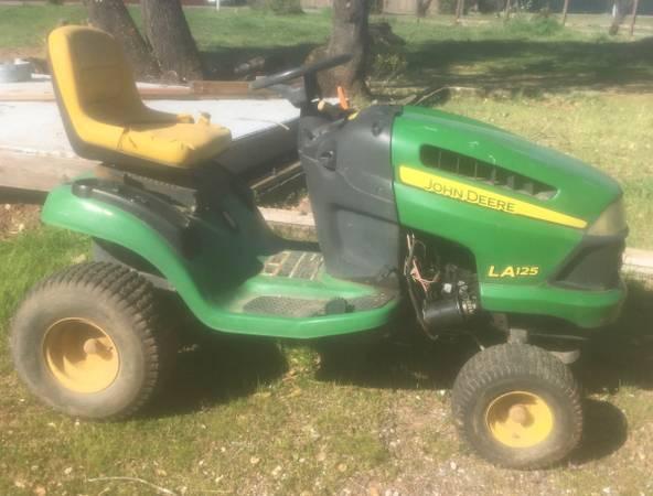 Photo John Deere LA125 Lawn Mower for parts - $100 (Anderson-Happy Valley)