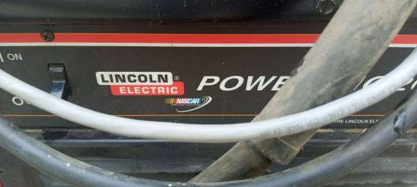 Photo Lincoln electric mig 200 or Trade for honda generator - $1,000 (Cottonwood)