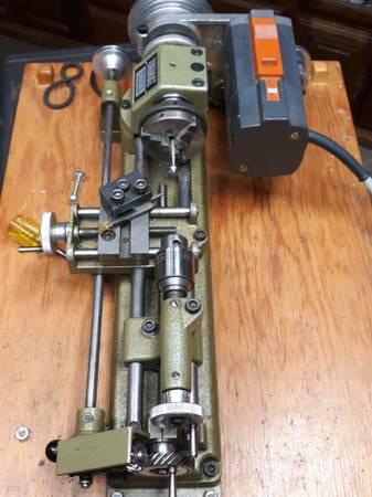 Photo Mini metalworking lathe unimat SL1000 with auto feed - $525 (Anderson)
