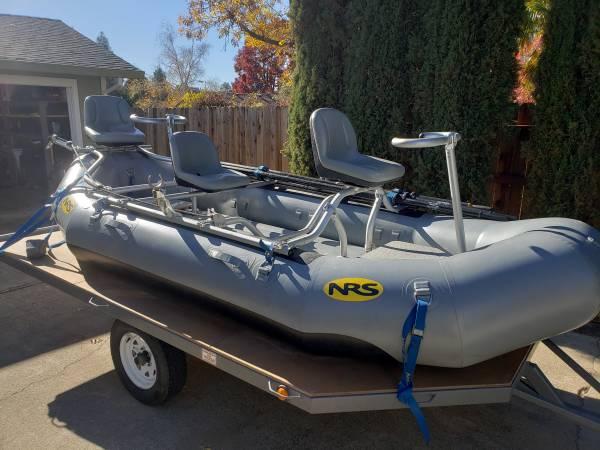 Photo NRS Otter 130 Fishing Package Raft w Oars Anchor Platforms - $4,700 (Redding)