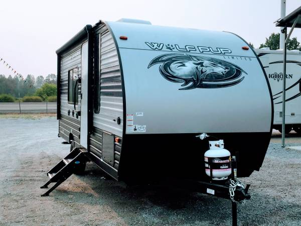 Photo New 2021 FOREST RIVER Cherokee Wolf Pup 16FQ Travel Trailer - $16,992 (TowTally Cing)