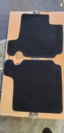 Photo New black mini cooper floor mats - $40 (Redding)