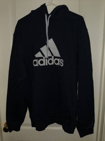 Photo New mens Adidas sweatshirt navy bluesilver - $15 (Redding)