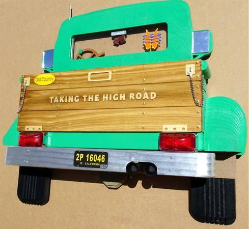 Photo Pick-up truck art- wood and acrylic - $375 (Redding)