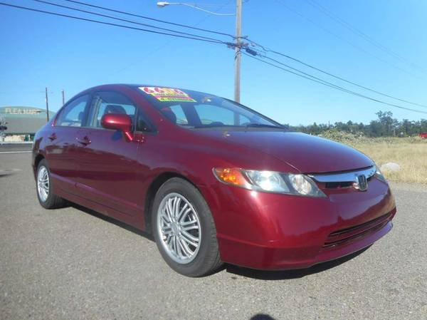 Photo REDUCED PRICE 2006 HONDA CIVIC AUTOMATIC GAS SAVER - $4906 (JUNIORS WESTSIDE AUTO SALES 530-365-5353)