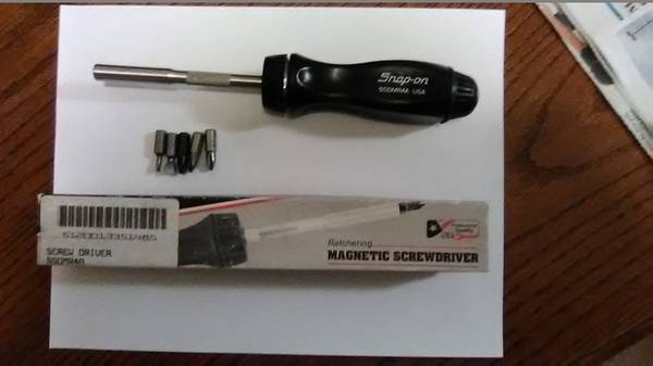 Photo Snap-on Black Handle Magnetic Ratcheting Screwdriver - $55 (REDDING CA)