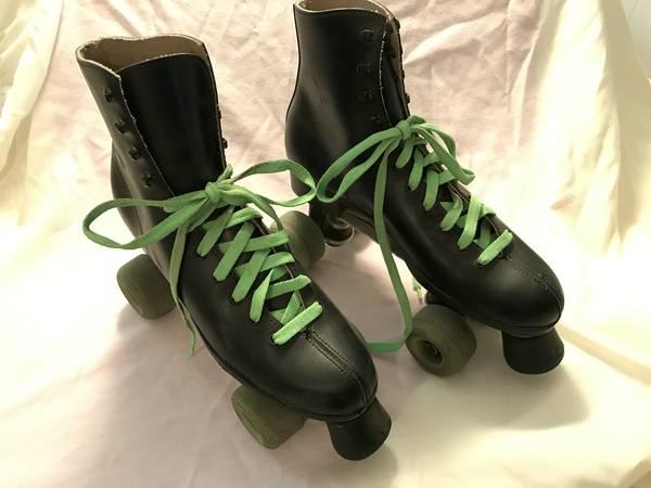 Photo Vintage Mens ROLLER DERBY Black Roller Skates Sure-Grip SZ 9 Lace Up - $35 (Redding)
