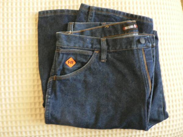 Photo Wrangler Flame Resistant Jeans Size 36 x 36 - $20 (E. Redding)