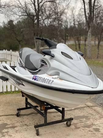 Photo Yamaha Waverunner three seater - $2800 (Redding)
