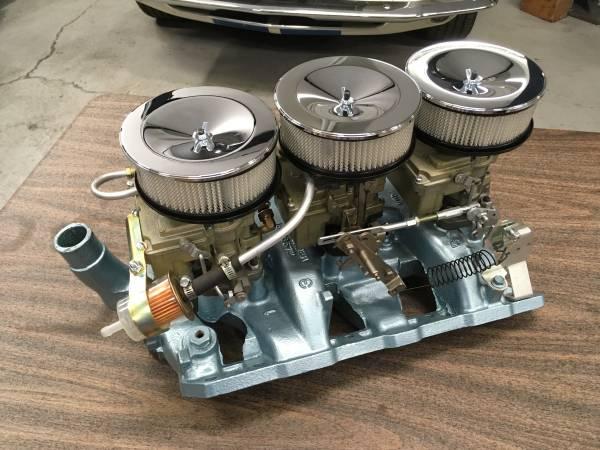 Photo 1965 Pontiac Tri-Power intake and carburetor setup - $2,500 (Carson City)