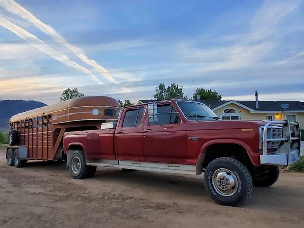 Photo 1986 Ford F350 crewcab dually 4x4 - $10000 (Sparks)