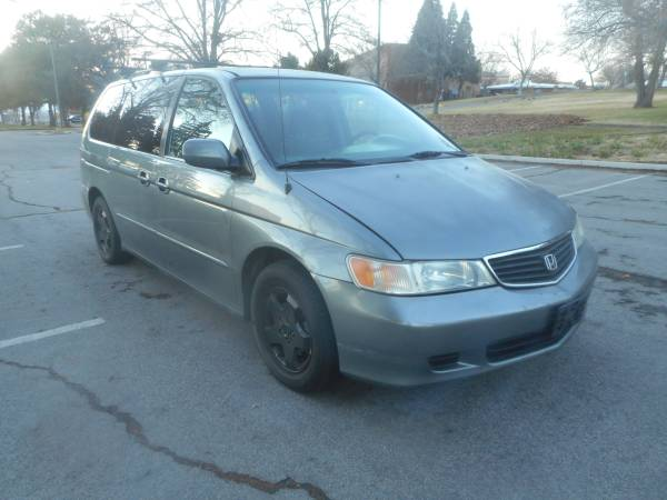 Photo 2001 Honda Odyssey van, FWD, auto, 6cyl. 3rd row, GOOD COND - $2950 (WOW, LOOKS AT THIS PRICE GRT DEAL, WON39T LAST SMOG 3Way Nv)