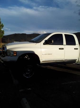 Photo 2002 Dodge Ram 1500 lifted 5.9 - $2000 (Reno)