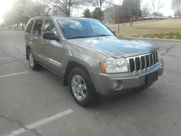 Photo 2005 Jeep Grand Cherokee Limited, 4x4, 5.7 Hemi, 170k, loaded, MINT  - $5950 (WE ARE OPEN CALL FOR MORE INFO, WE CAN HELP YOU 3Way of Nv)