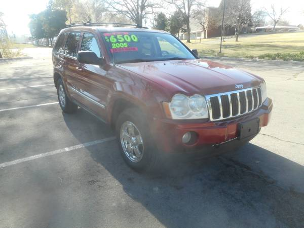 Photo 2005 Jeep Grand Cherokee Limited, 4x4, auto, Hemi V8, 166k, LIKE NEW - $5950 (WE ARE OPEN VEHICLES PRICED AT NEAR COST, GRT DEALS 3Way)