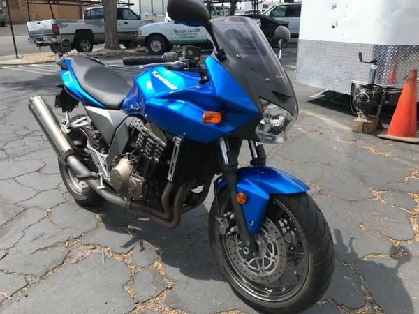 Photo 2005 Kawasaki z750s 110hp sport bike 5k miles, - $4,250 (AutoBikeSales in Reno NV)