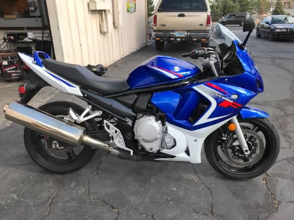Photo 2008 Suzuki GSX650F sport bike  Easy Finance - $3,500 (AutoBikeSales in Reno NV)