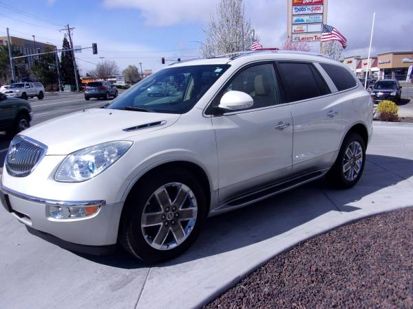 Photo 2010 BUICK ENCLAVE CXL AWD LOADED, LOW MILES, 3RD ROW SEATS LK - $9995 (RENO)