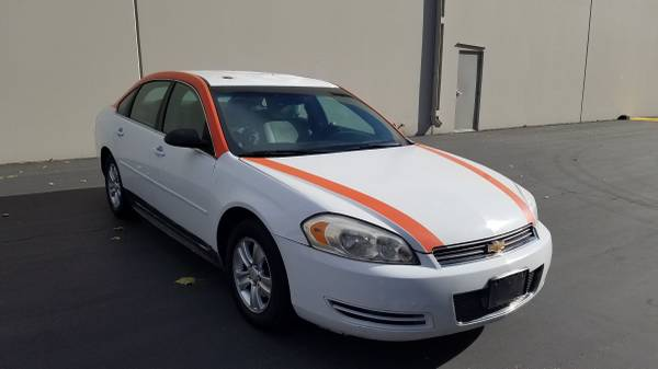 Photo 2013 CHEVY IMPALA LS 1 OWNER CLEAN TITLE RUNS PERFECT$1600 - $1,600 (Reno)