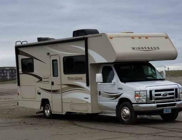 Photo 2015 Winnebago motorhome - $55,000 (Sparks, Nevada)