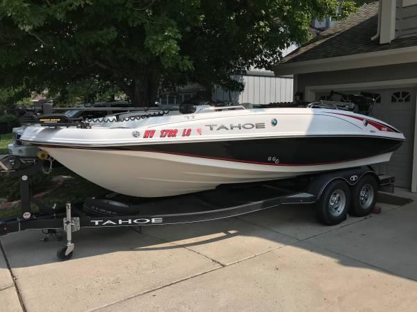 Photo 2018 Tahoe 195 Deck Boat - $37,000 (Reno)