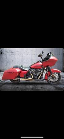 Photo 2019 Harley Road Glide Special - $35,000