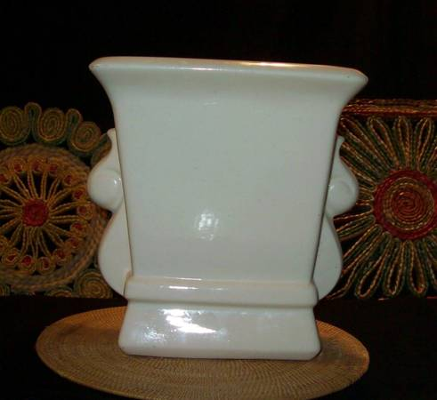 Photo Adah art pottery handles planter vintage art deco - $16 (Reno)