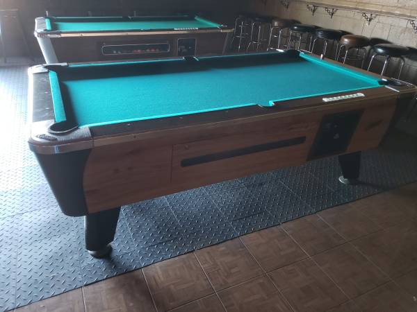 Photo Coin operated pool tables