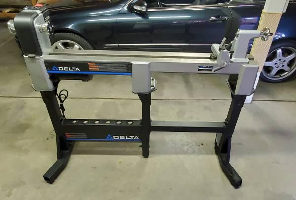 Photo Delta Wood lathe delta grinder polisher - $1,600 (Reno)