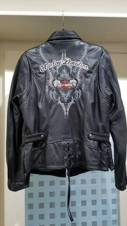 Photo Harley Leather Jacket - Womens - $125 (Carson City)