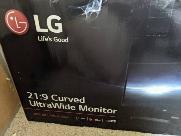 Photo LG 29quot Ultra Wide Full HD IPS Curved LED Monitor- Barely Used - $340 (Truckee)