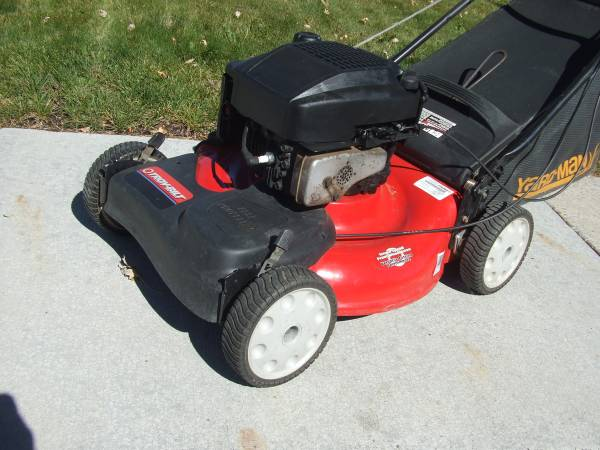 Photo Lawn mower Troy-Bilt self-propelled - $160 (Sparks Nv.)