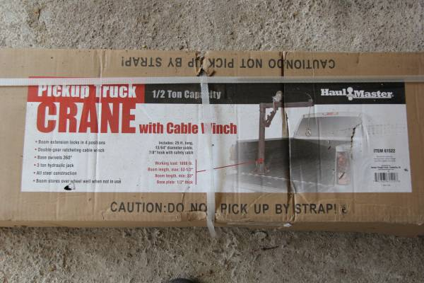 Photo Pickup Truck Bed Crane with Hand Winch - 1000 lb. Capacity - $100 (Reno)
