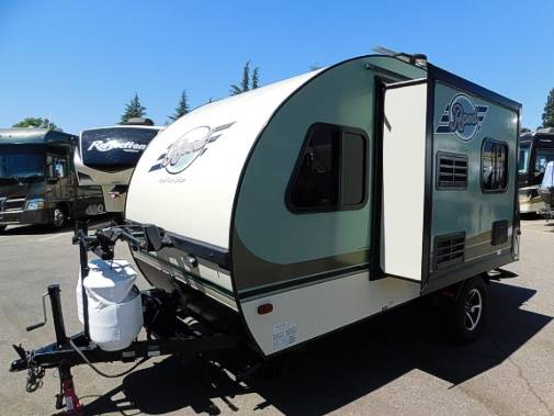 Photo R-Pod 177 Hood River Edition With Slide-out (Weighs 2700 lbs) - $16,995 (www.MountainRVsales.C0M)